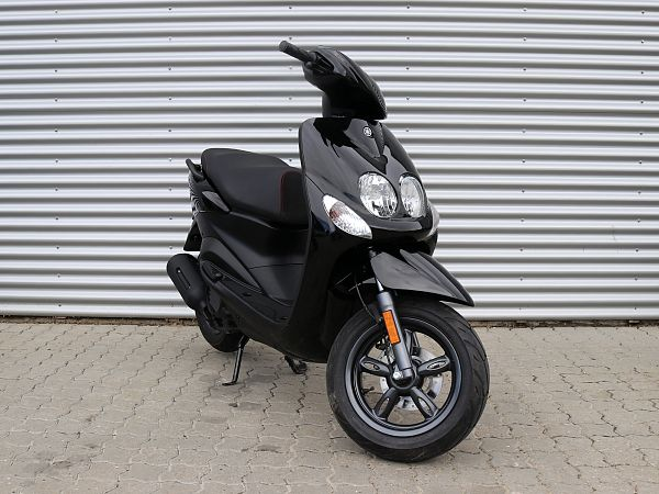 *DEMO 2019* Yamaha Neo's 4 - sort - 45 km/t