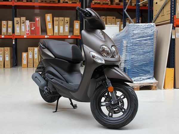 *DEMO* Yamaha Neo's - grå - 45km/t - INKL. NUMMERPLADE