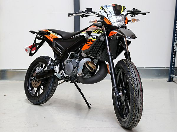 Derbi Senda X-treme 50 SM Euro4 - orange/sort - 30 km/t