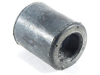 Gummibøsning i motorblok ved bagstøddæmper - original