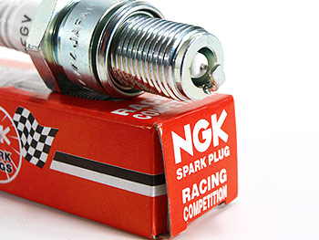 Spark Plug - NGK 2T Racing, B9EGV