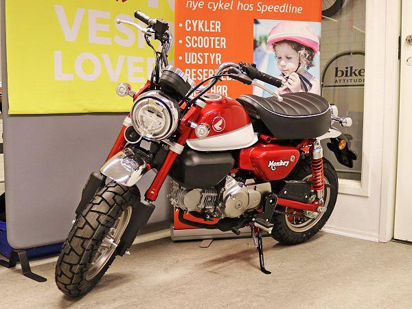*TILBUD* Honda Monkey Z125 - rød - 125 ccm