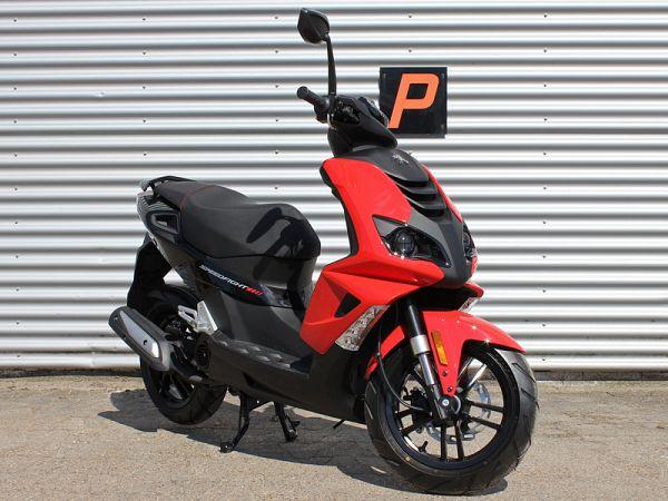 *TILBUD* Peugeot Speedfight4 - rød - 30km/t