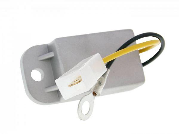 Voltage regulator - 6V - 101_Octane